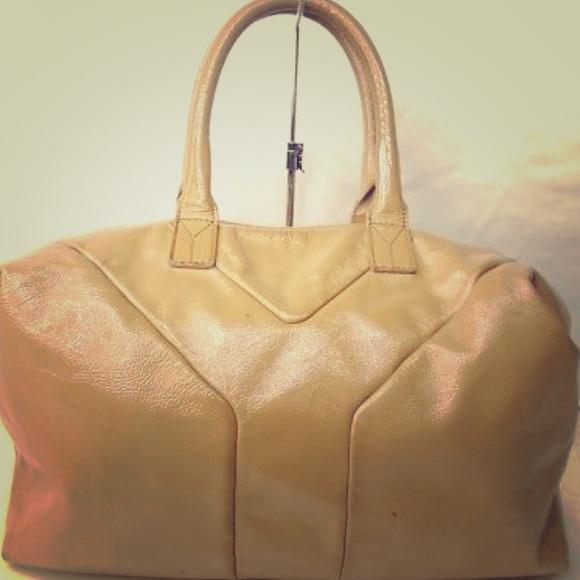 03b455fe2a SALE🎉YSL camel leather Y bag. M 5a5a23303afbbd3a4ce46ae2